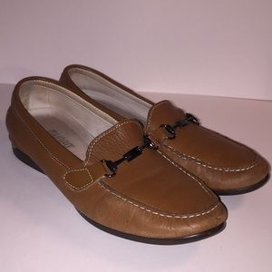 Munro Kimi Loafers size 9.5